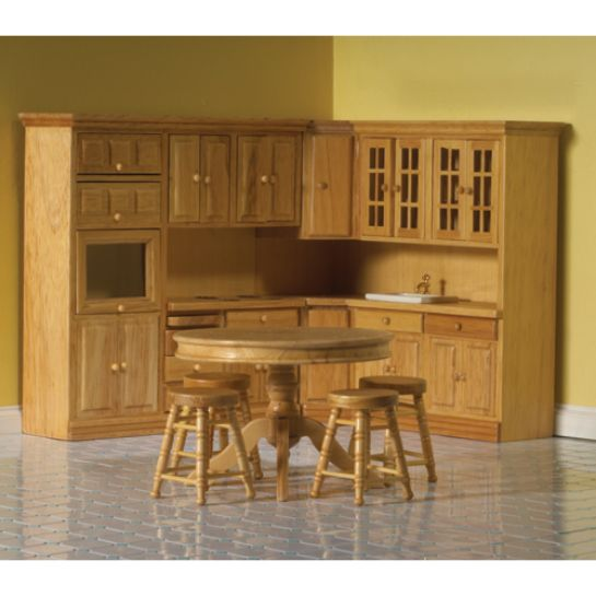 Attractive Dolls House Kitchen, 7 Piece Pine Fitted Kitchen. 12th Scale. DHE 4435 .