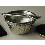 Mixing bowl and spoon in pewter, Warwick miniatures FP10.