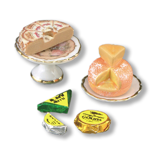 Reutter, Cheese Set for the Dollshouse. 1.781/8